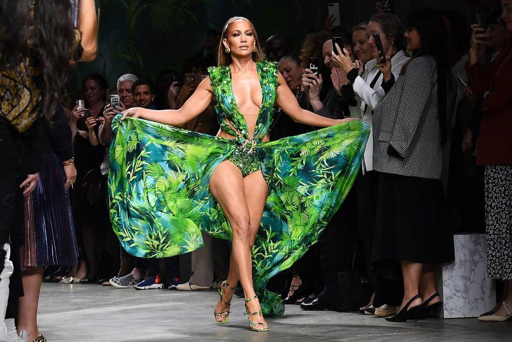 jennifer lopez green dress