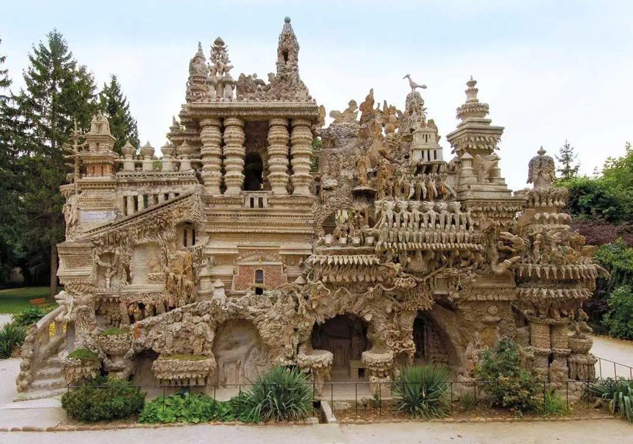Palatul Ideal din Hauterives