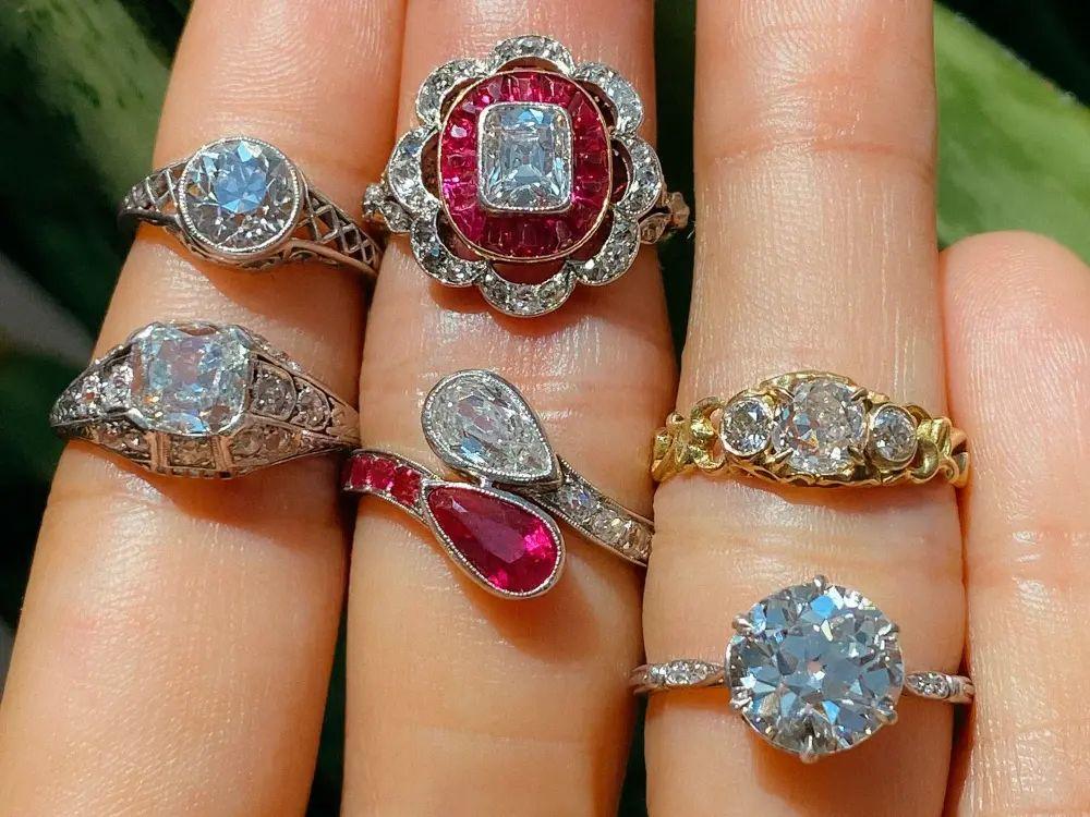 Inele de logodnă de la începutul secolului 20