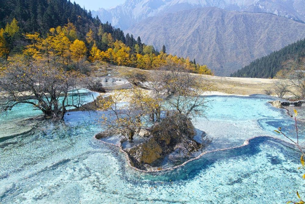 Jiuzhaigou lake