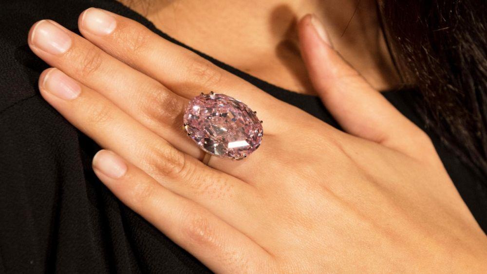 Pink Star Diamond Ring 1